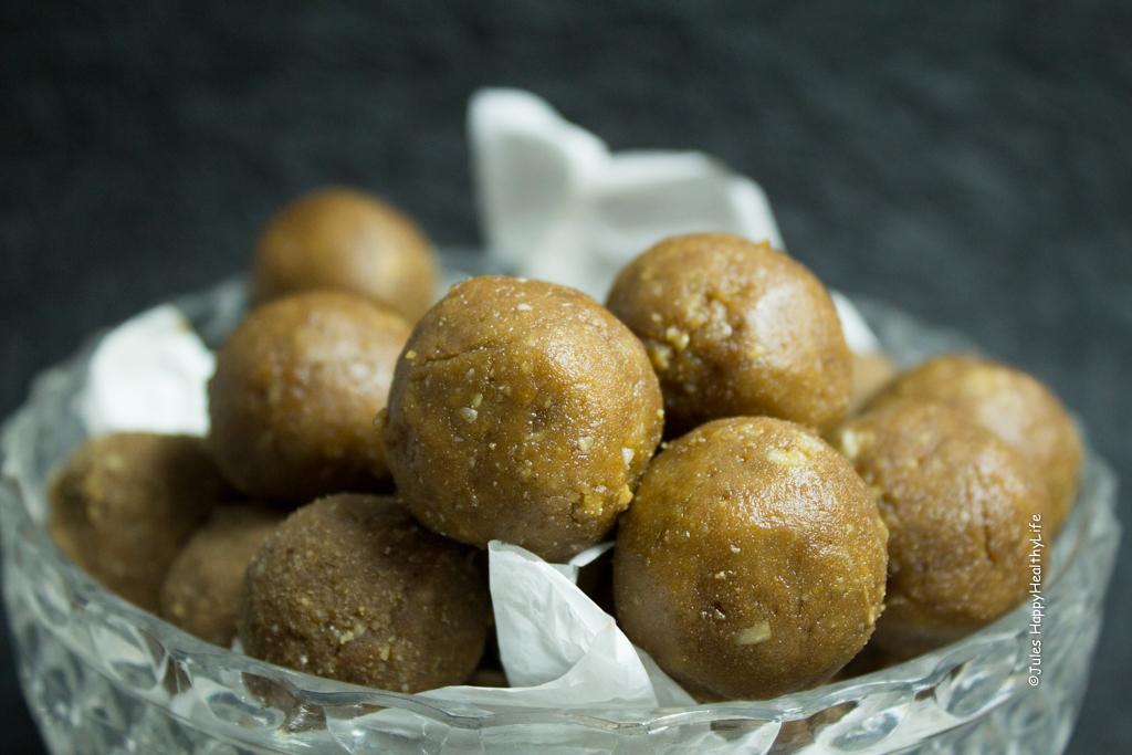 Nahansicht Erdnussbutter Protein Kugeln vegan, glutenfrei - Jules HappyHealthyLife