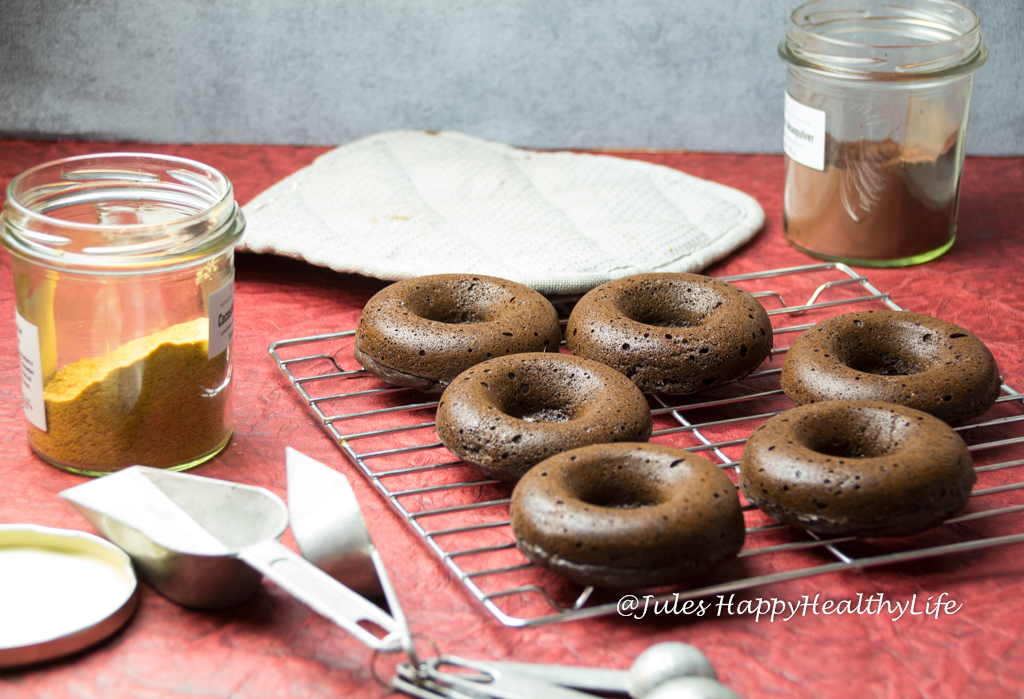 chocolate donuts, gluten-free, baked