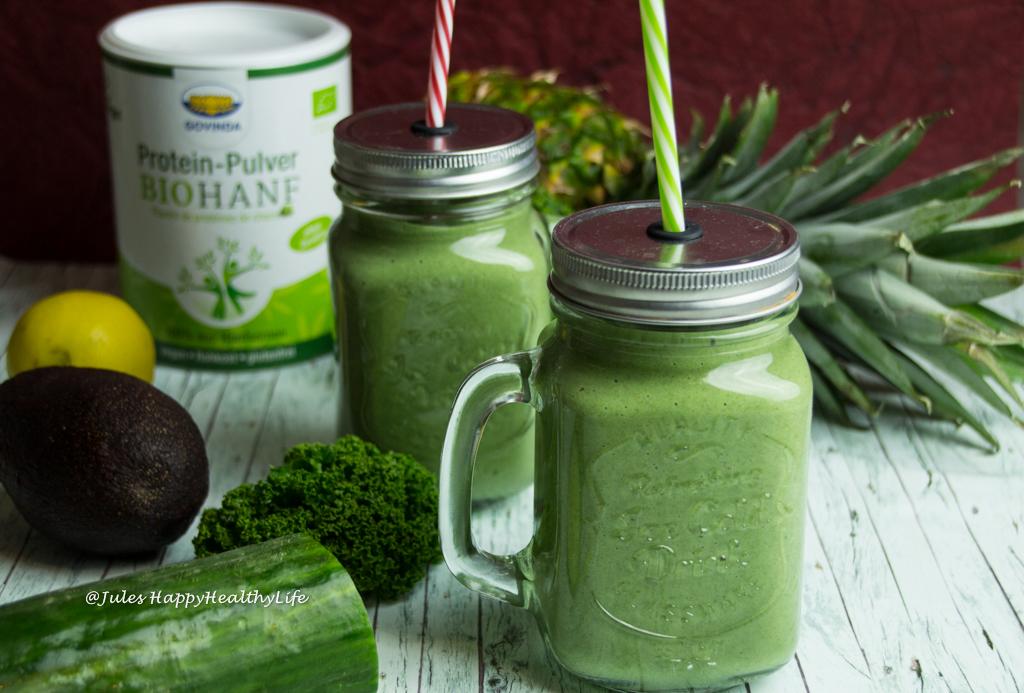 glutenfreier Grüner Detox Protein Smoothie