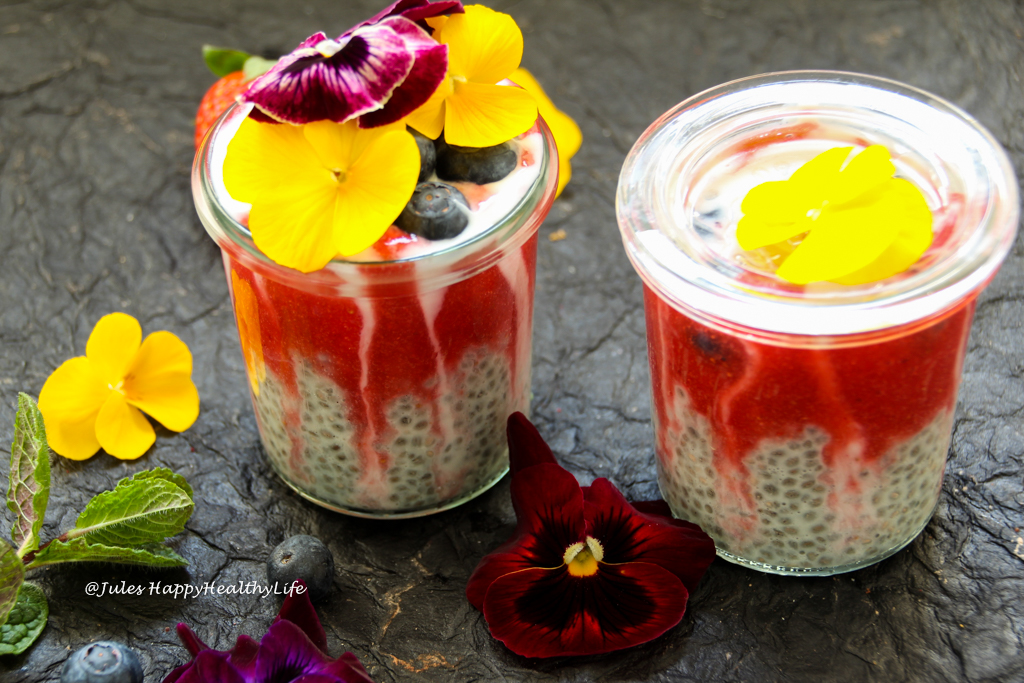 Fun breakfast for kids - Healthy vegan, gluten-free Strawberry Chia Pudding