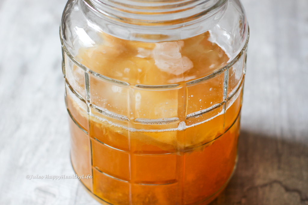 Jun Tee fermentiert sehr schnell im Vergleich zu Kombucha