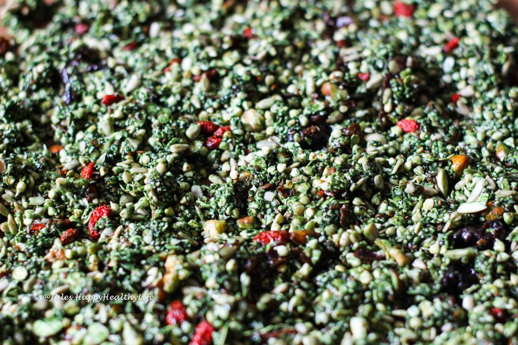 Raw Matcha Granola with matcha, buckwheat and spirulina