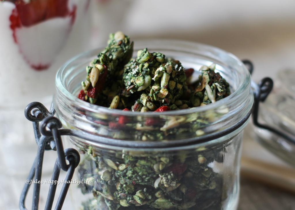 Raw Matcha Granola vegan, gluten-free Recipe