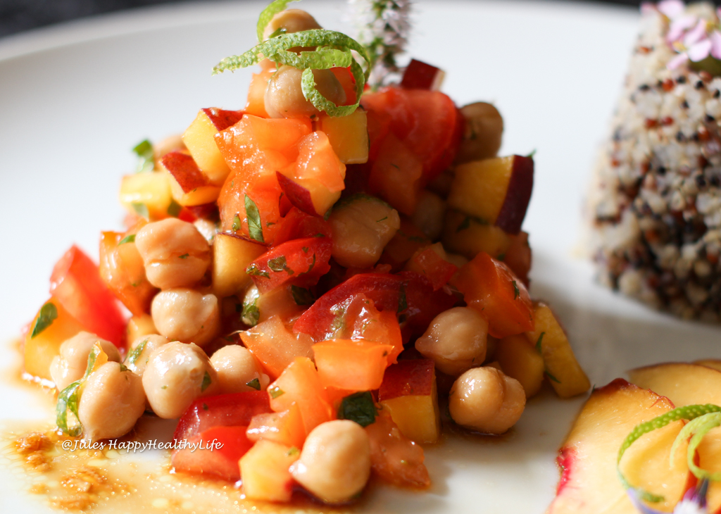 Can be prepared a head - Recipe for vegan Chickpea Peach Salad with Ginger Dressing