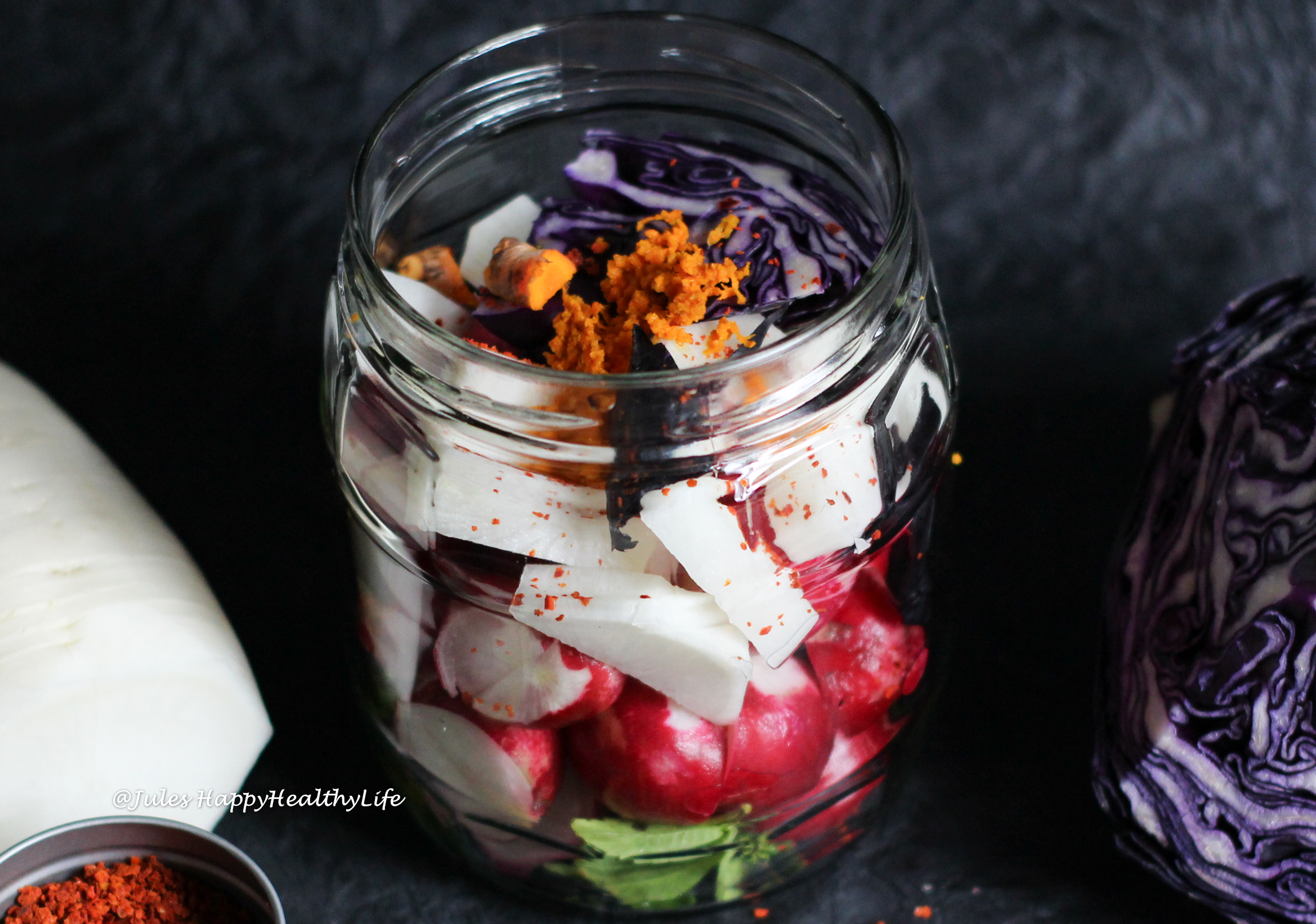You can be extremely creative when fermenting your vegetables with herbs and spices